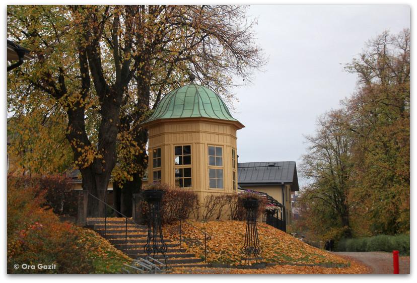 מונומנט בפארק - שלכת - שטוקהולם