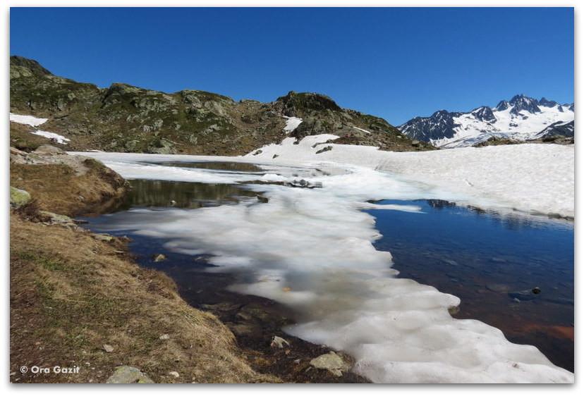 אגם, צרפת - טרק - סובב מון בלאן - יומן מסע