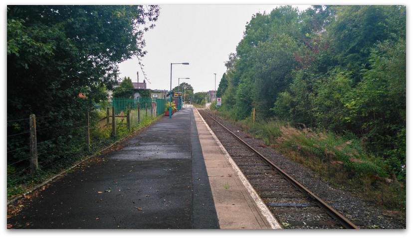 תחנת רכבת - טרק - וולס