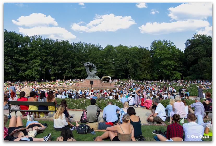 קונצרט על הדשא - פארק וואז'נסקי - טיול בורשה - מה לעשות בורשה
