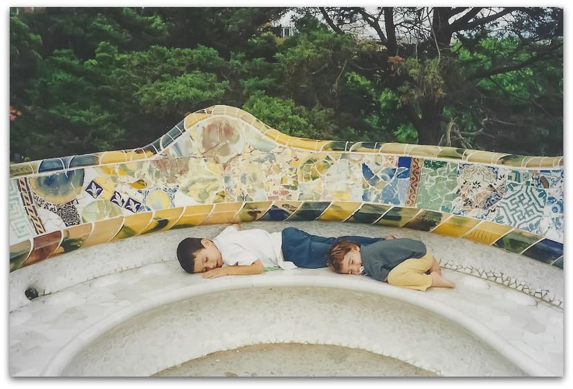 פארק גואל ברצלונה - טיול משפחתי בברצלונה - אסון התאומים