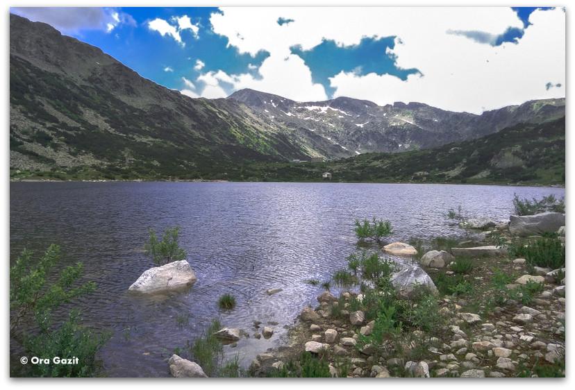 אגם - טרק הרי רילה - טרקים בבולגריה - יומן מסע