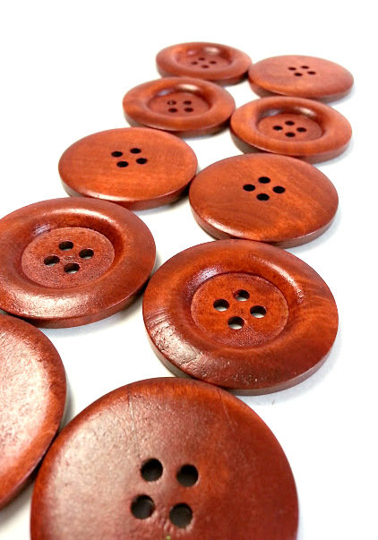 Lot de 8 boutons de bois 4 cm #934