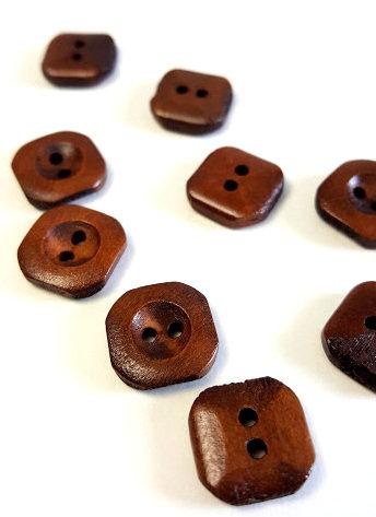 Lot de 25 boutons 1.5 cm #BA07