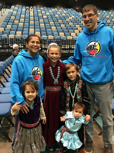 Dr. Fleg and family (left to right): Shandiin, 5, wife Shannon, Nizhoni, 11, Bah'hozhooni, 8, and Sihasin, 2