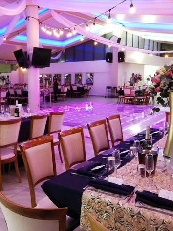 Restaurante & Salón San Pedro Huaquilpan.  Municipio de Zapotlán de Juárez Hgo. México.