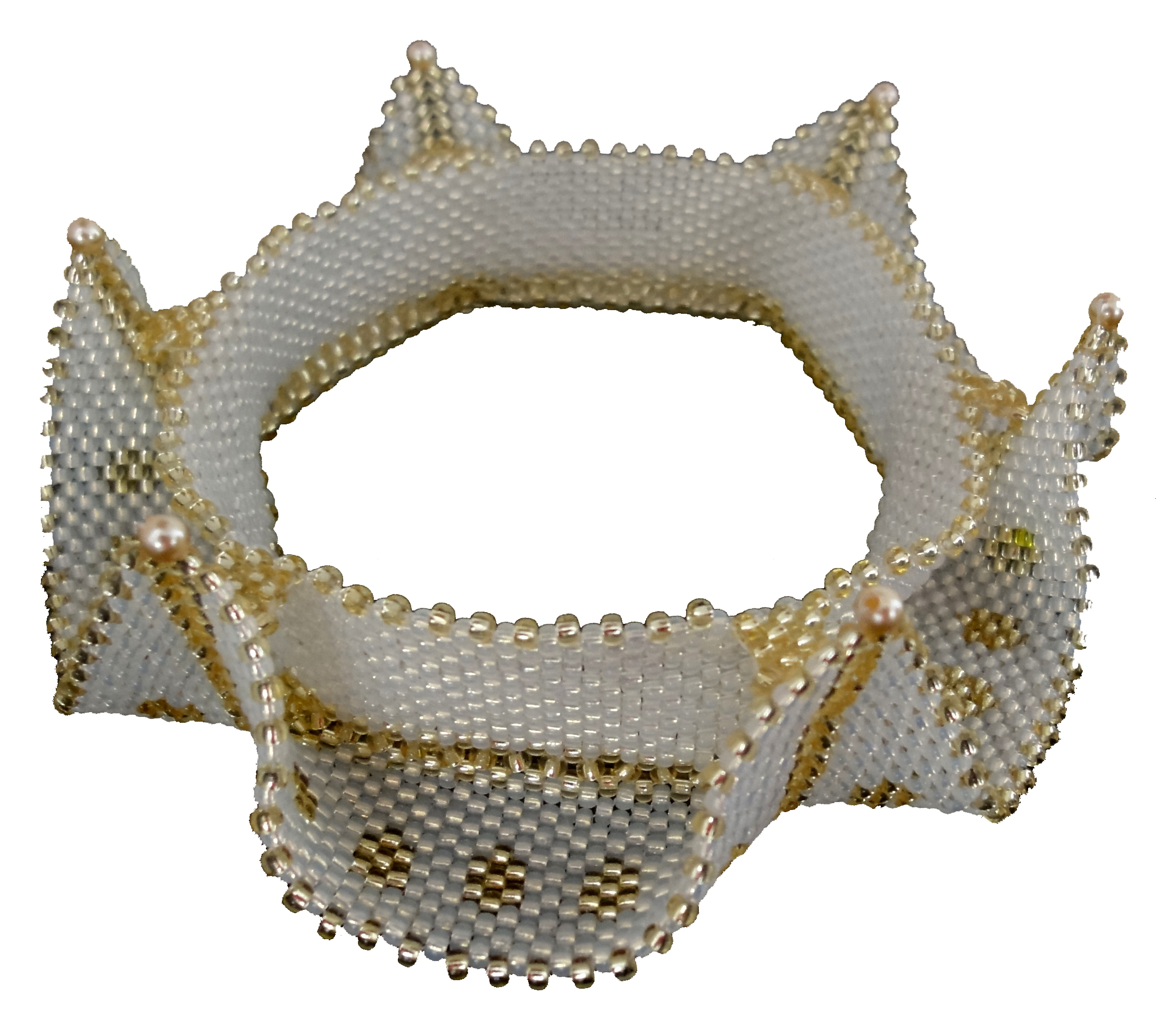 Horned cuff white
