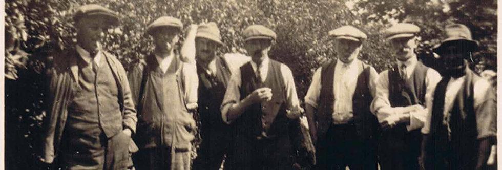 Eydon workmen between the wars