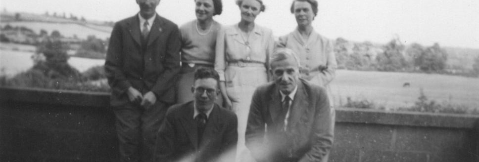 Kench family and friends late 1930s