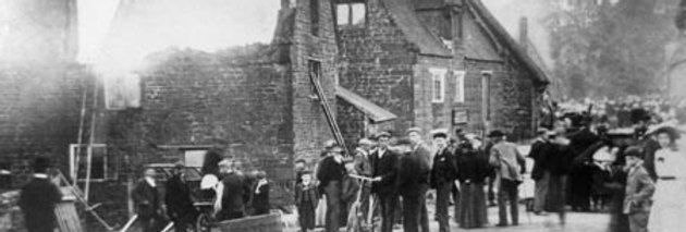 Doctors Lane and High Street, Great Fire of Eydon 1905