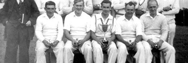 Eydon CC win the Banbury Advertiser Cup, 1953