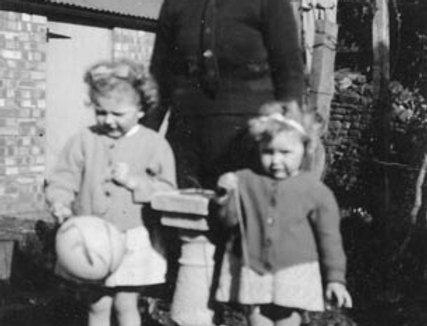 Miss Hemmings and her Evacuees, 1941/2