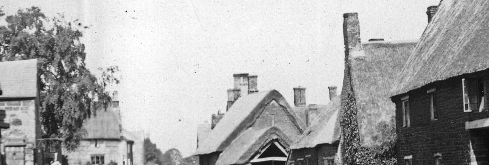 Details of High Street looking north, 1898