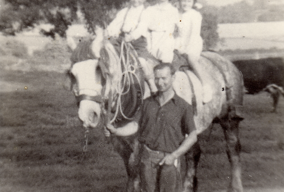 Dick Syers and Family c1955