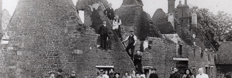 William and Drusilla Bull with Emma Wills 1905
