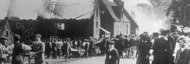 Top of Doctors Lane, Great Fire of Eydon 1905