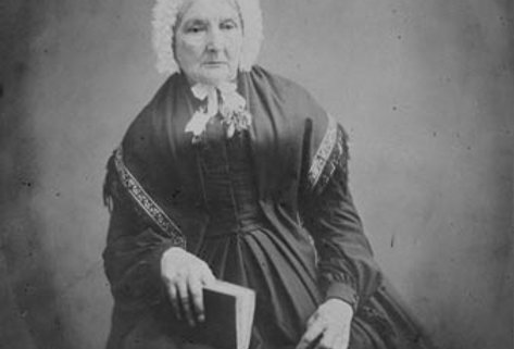 Esther Kench, nee Ell circa1866