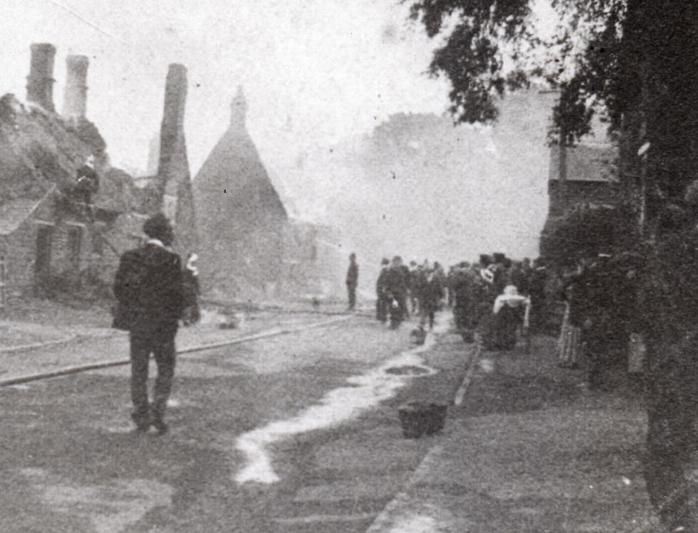 Great Fire in High Street 1905