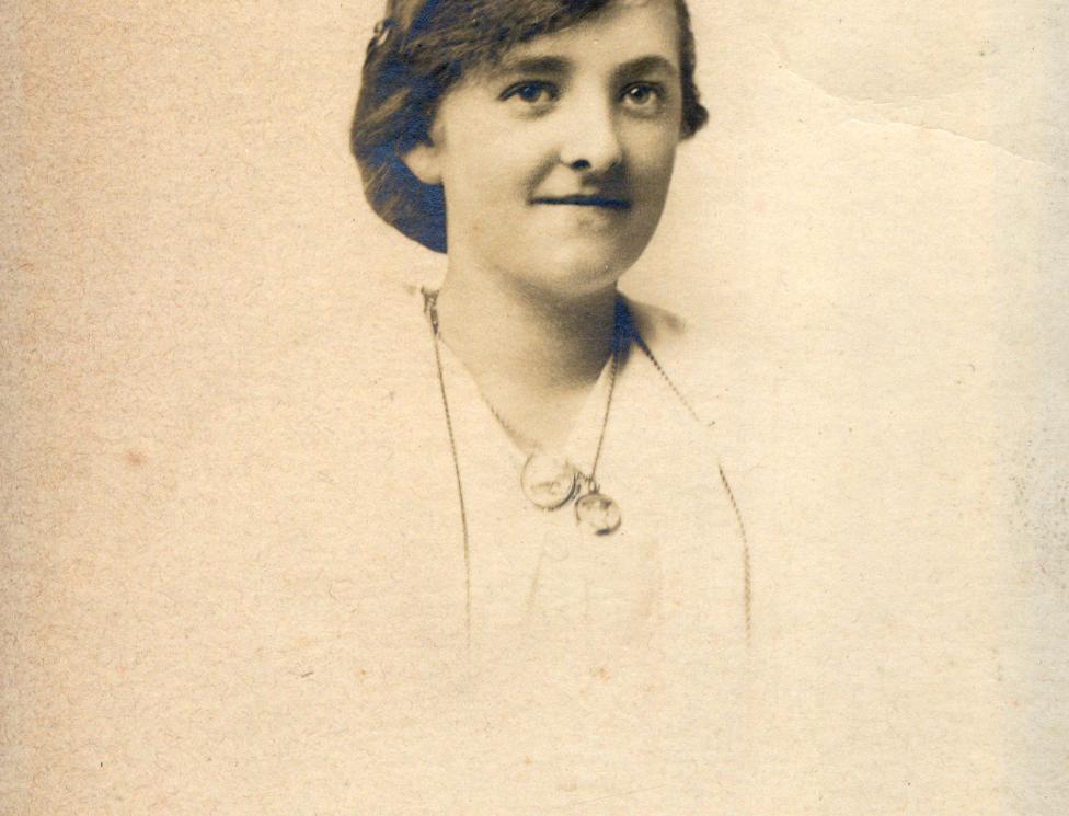 Sarah Gubbins the wife of John Arthur