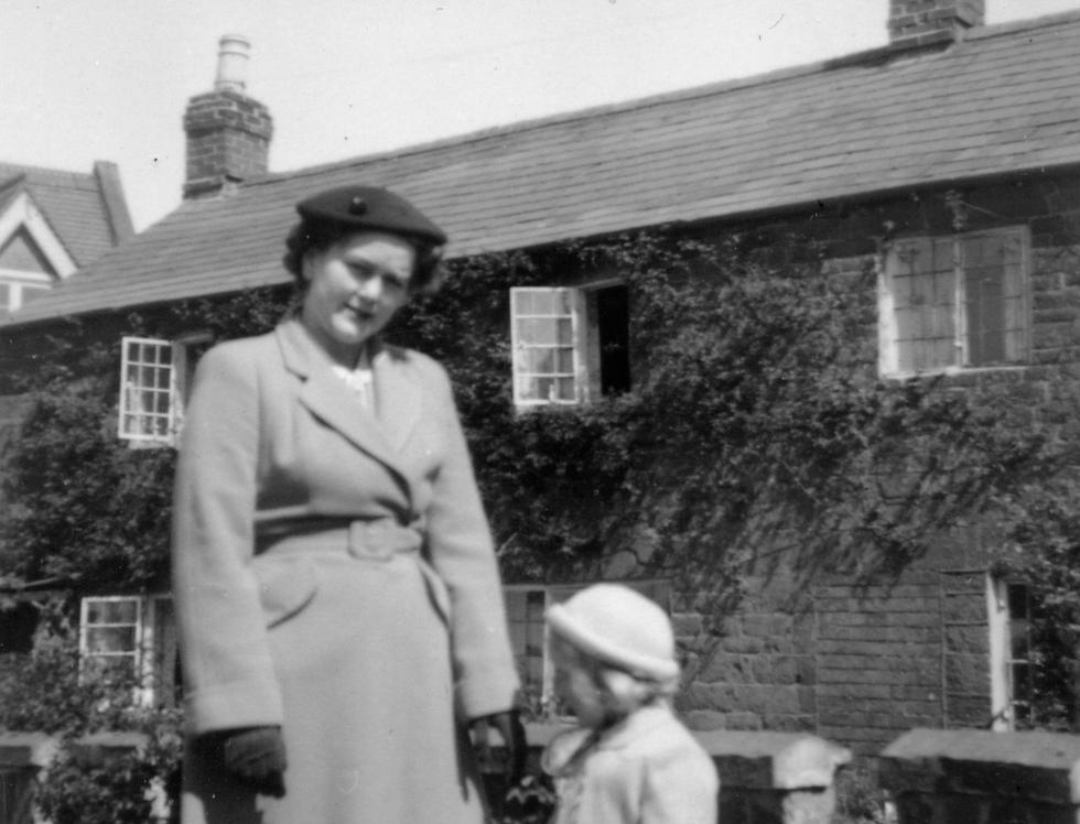 Kath and Susan Allen, 1952