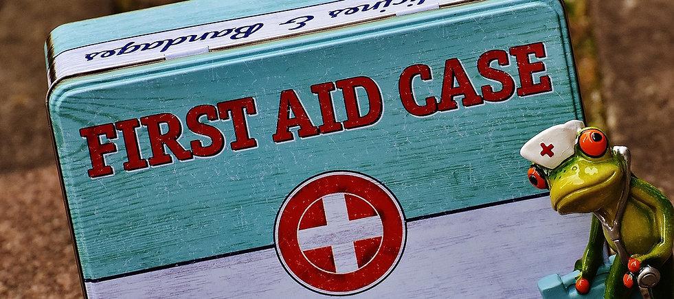 first-aid-1732708_1920.jpg