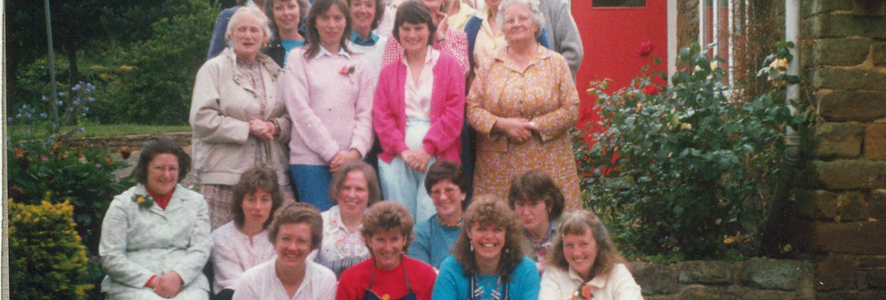 WI meeting in Sue Yates garden, late 1980s