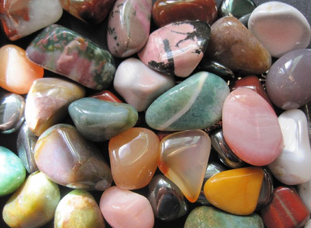 10 Facts About Crystal Healing