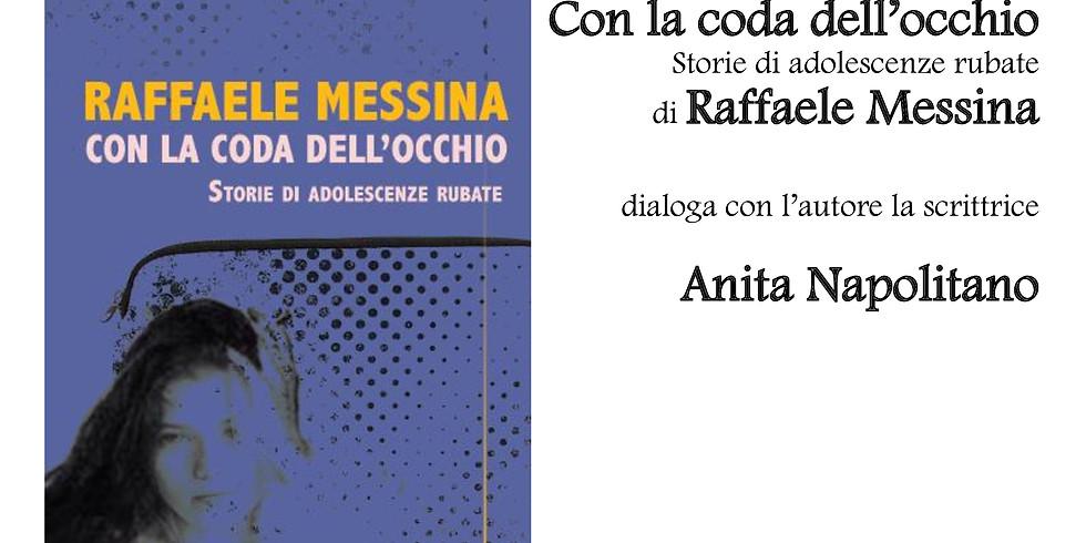 """Raffaele Messina presenta """"Con la coda dell'occhio"""" a Scario (SA)"""