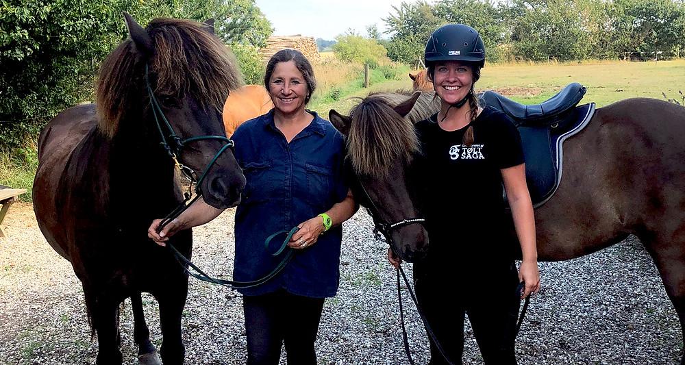 Islandske heste og ryttere på Stutteri Liselund på Bornholm
