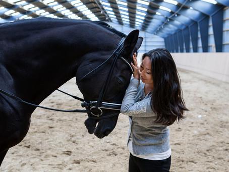 Ditte lytter, når hestene taler