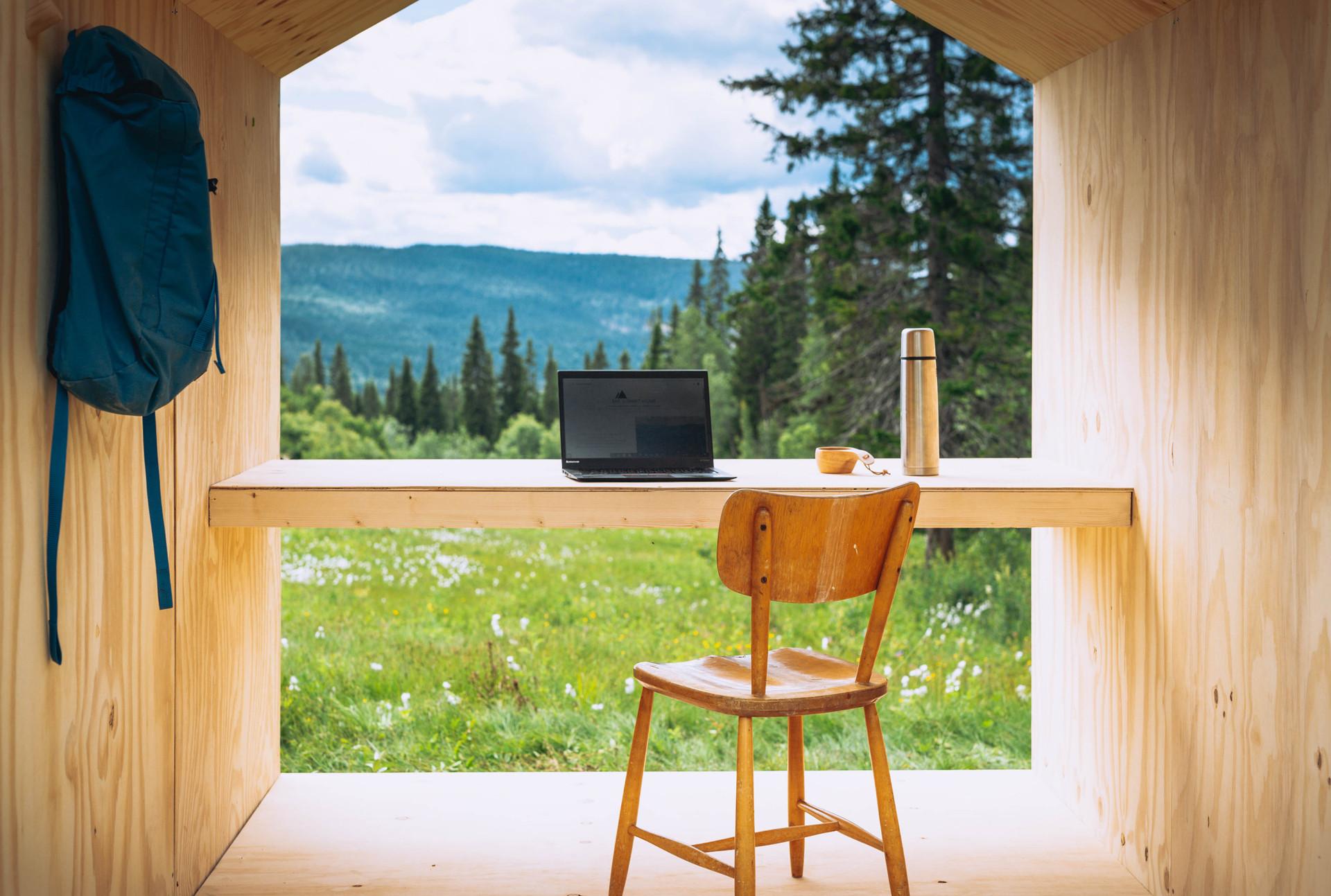 Forrest office 03.jpg