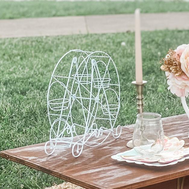 Cupacke Ferris Wheel