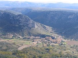 Saint Jean de Buèges au pied du Larzac Méridional