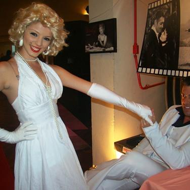 Marilyn e John Travolta