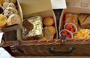 afternoon tea boxes and hampers