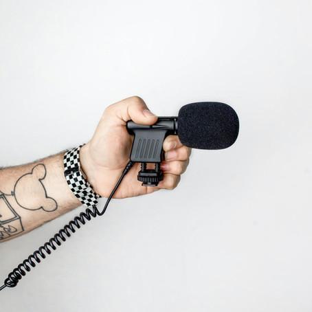 Laisse parler les vieilles : 8 podcasts à (re)découvrir