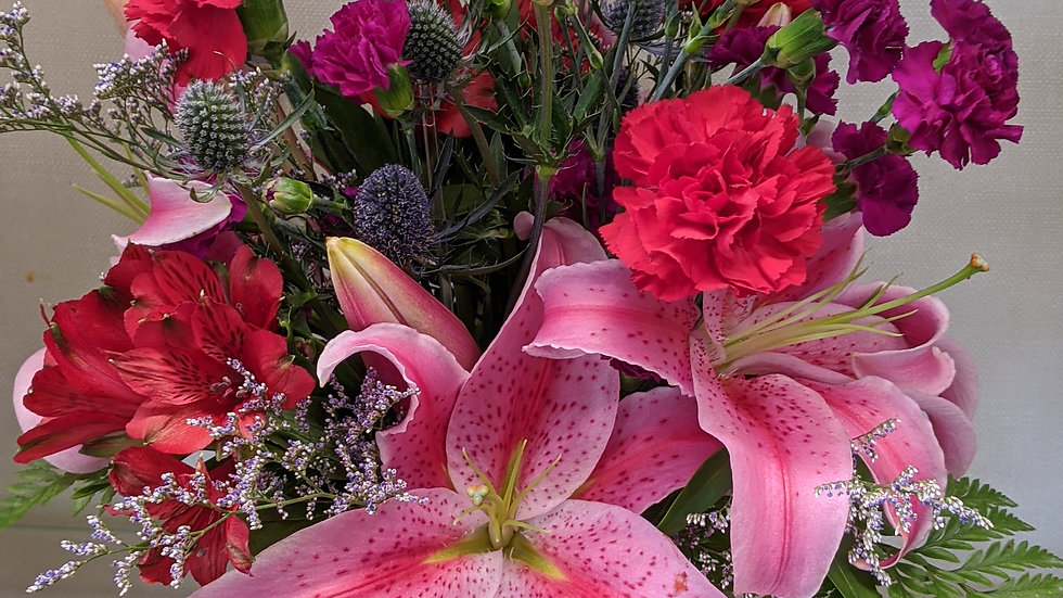 Lily mix arrangement