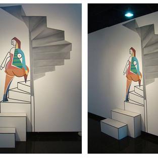 Picassiana subindo a escada