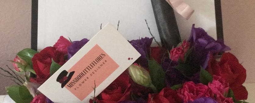 Caixa com flores modelo M