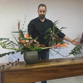 Tanus Saab meu professor e artista floral ABAF e international