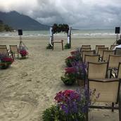 Decoraçao de cerimonia na praia (freelan