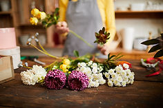 close-up-of-flowers-in-shop-6PVGX29.jpg