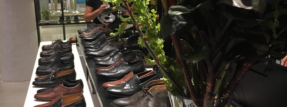 Arranjo para loja de zapatos