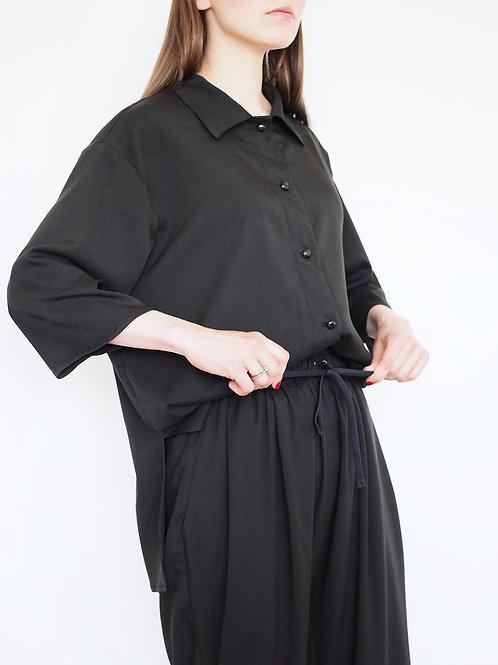 Костюм в пижамном стиле с рубашкой черный