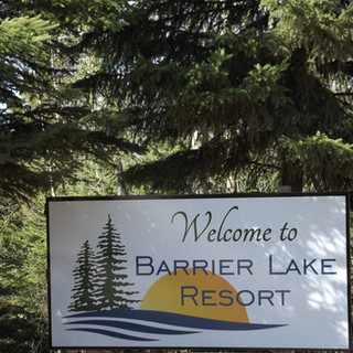 barrier lake resort.JPG