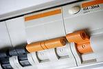 consultoria-energetica-elche-efiiencia-energetica-ajuste-potencia-intalacion