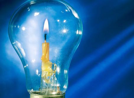 Фотография без Photoshop. Свеча в лампочке