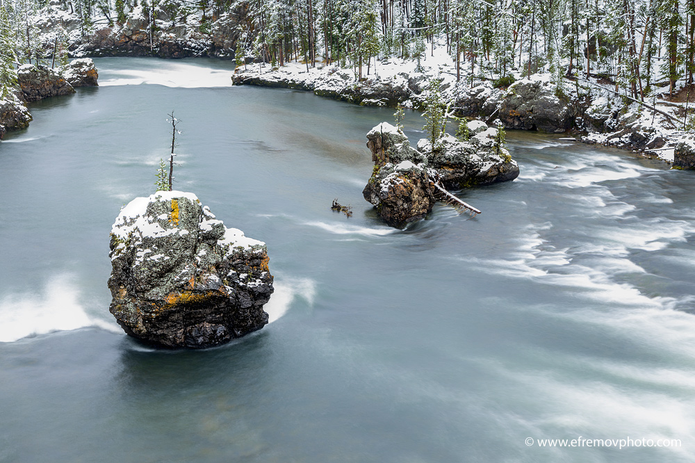 Yellowstone River, snow
