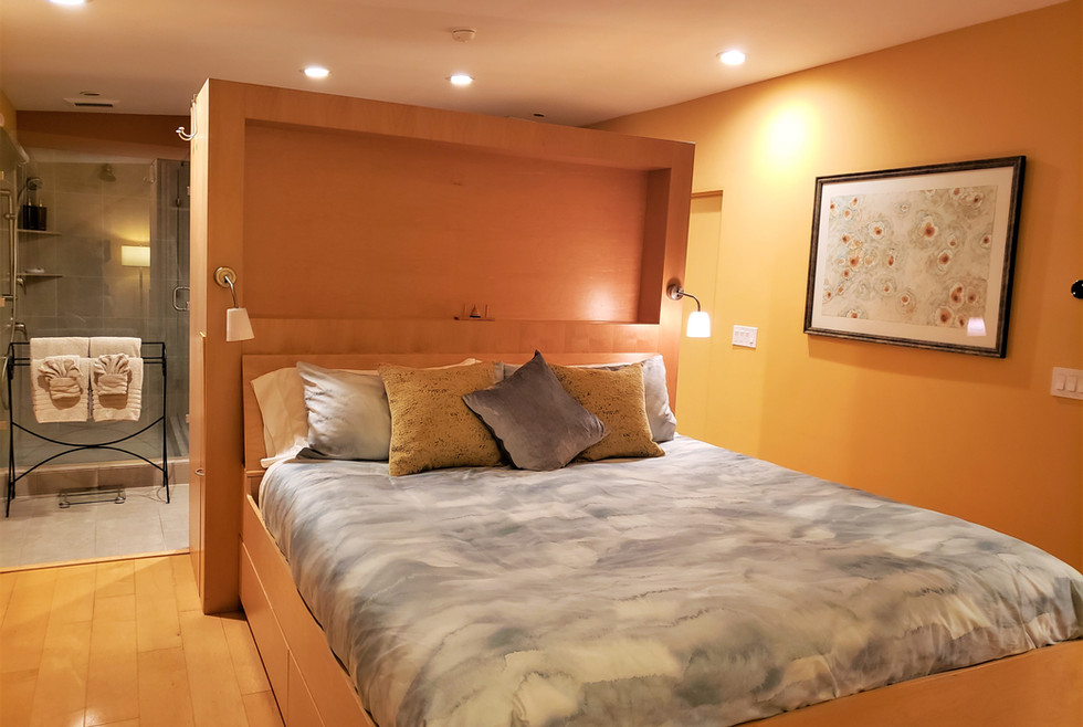 08 MS - Master Suite at night - 2020-11-