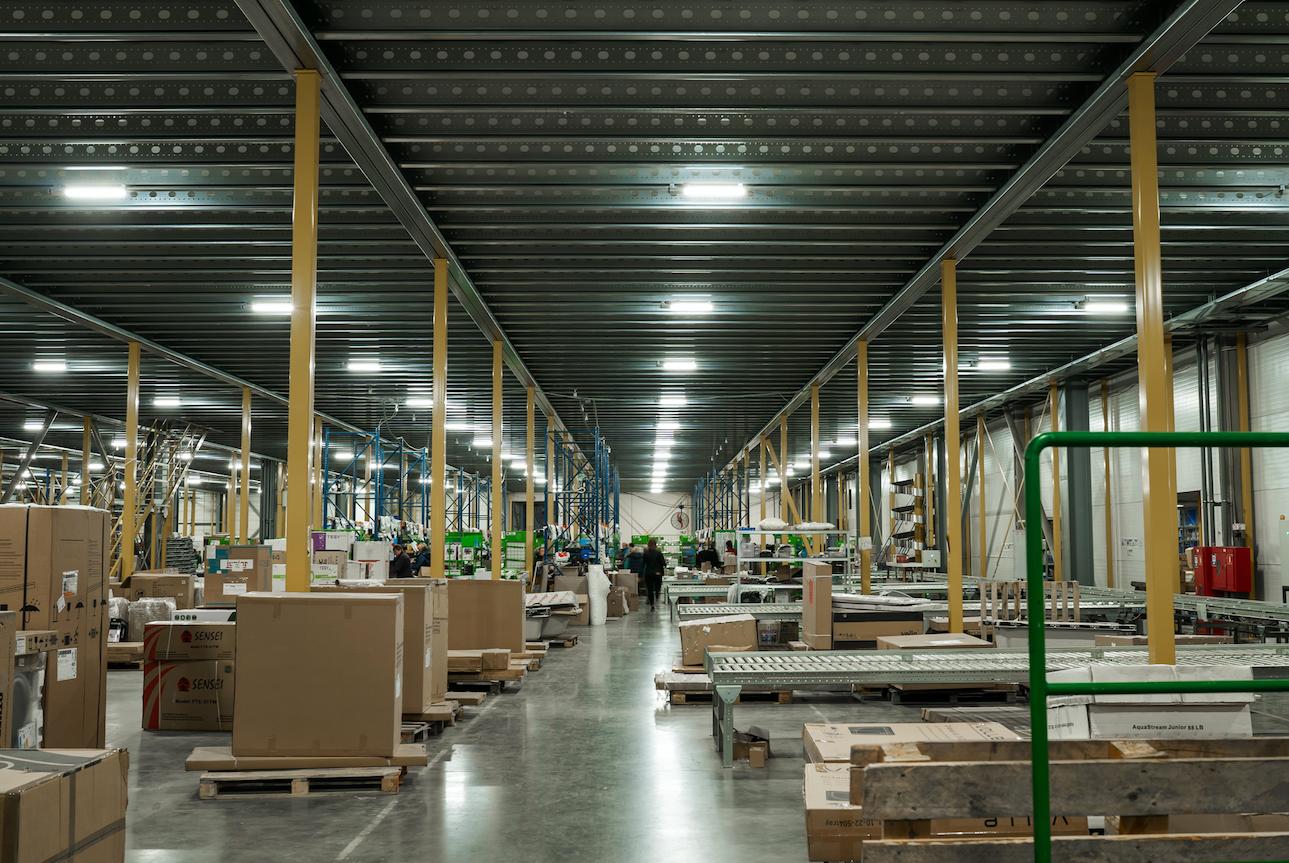 prom_svet_led_warehouse_3.png
